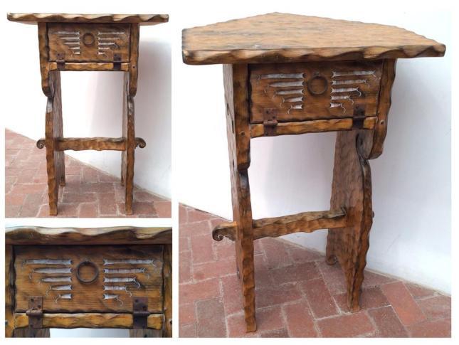 Roch-Hart-Furniture-Corner-Table