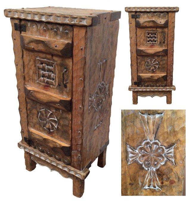 Roch-Hart-Furniture-Pie-Safe