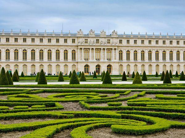 Palace of Versailles- Site of artwork by Jean-Baptiste Monnoyer- Matthews Gallery Blog