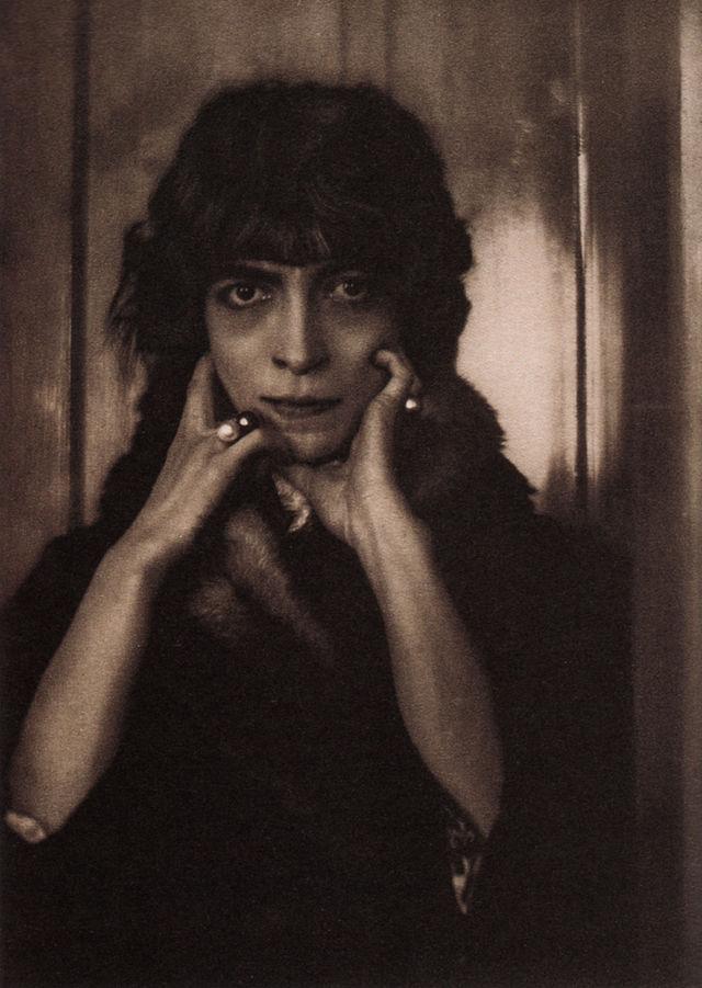 Adolph de Meyer- Marchesa Casati- 1912- Pictorialism- Matthews Gallery Blog